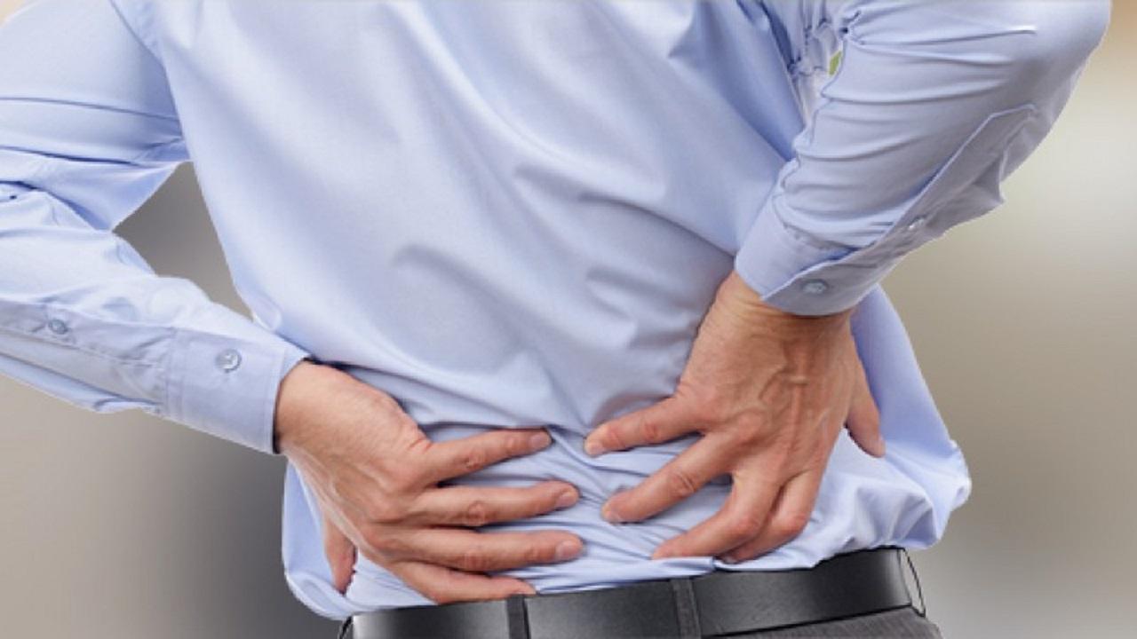 ۲۰ عید// آیا کمر درد میتواند ناشی از عفونت کلیهها باشد؟