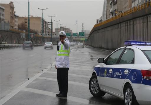 جادههای ایلام بارانی میشوند/رانندگان مراقب باشند