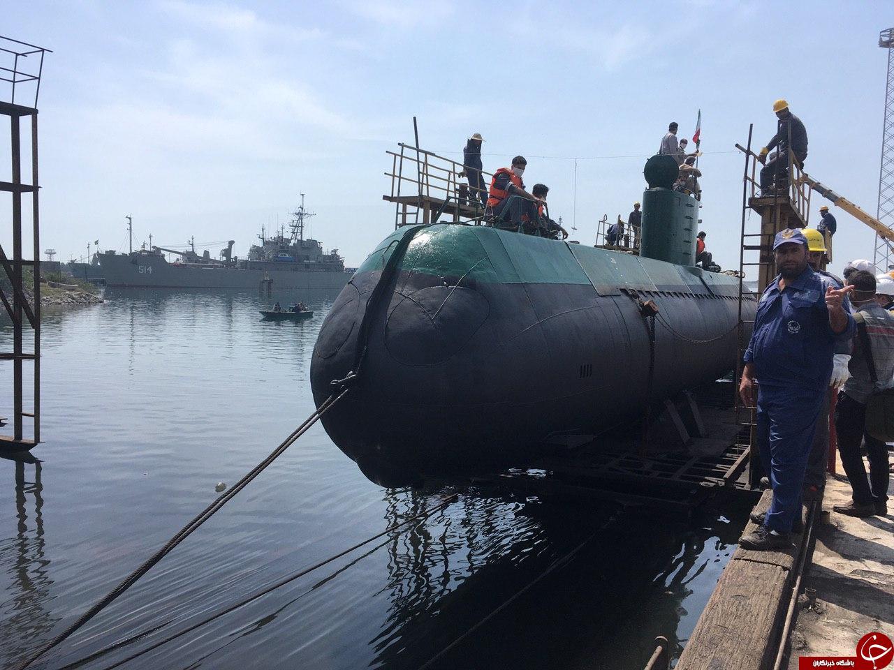 زیردریایی بومی غدیر به آب انداخته شد + تصاویر