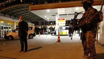 مجروح شدن ۲ پلیس در حمله به ایستبازرسی در ترکیه 01