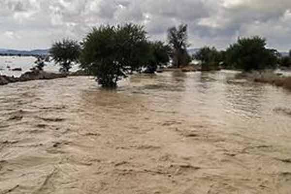 فعالیت سامانه بارشی امروز در شمال شرق و شرق کشور و دامنهها و ارتفاعات زاگرس/احتمال وقوع سیل و طغیان رودخانهها در برخی استانها