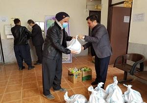 توزیع ۸۵ بسته حمایتی دانش آموزان با نیازهای ویژه در سنندج