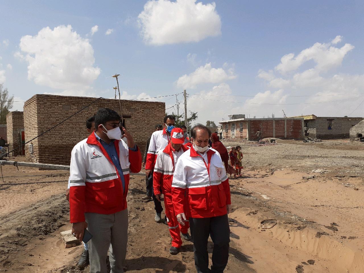 بازدید رئیس سازمان امداد و نجات جمعیت هلال احمر کشور از مناطق سیلزده