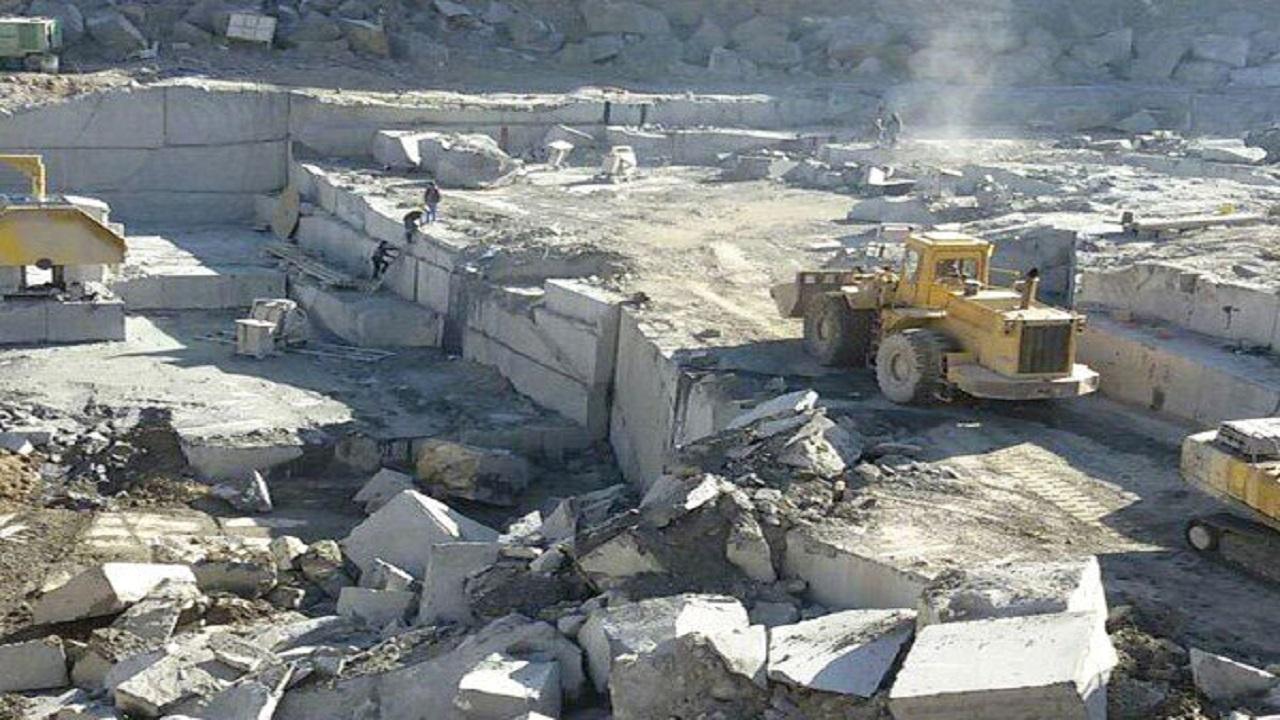 تعهدات متقاضیان و فعالان بخش معدن در استان سمنان اجرا شود
