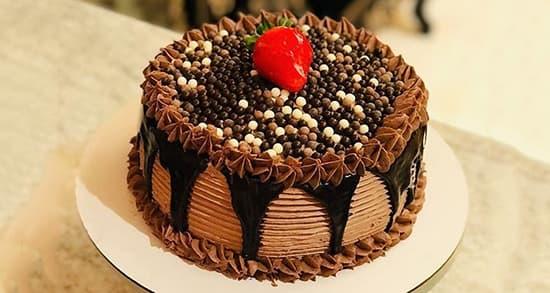 طرز تهیه کیک تولد در خانه