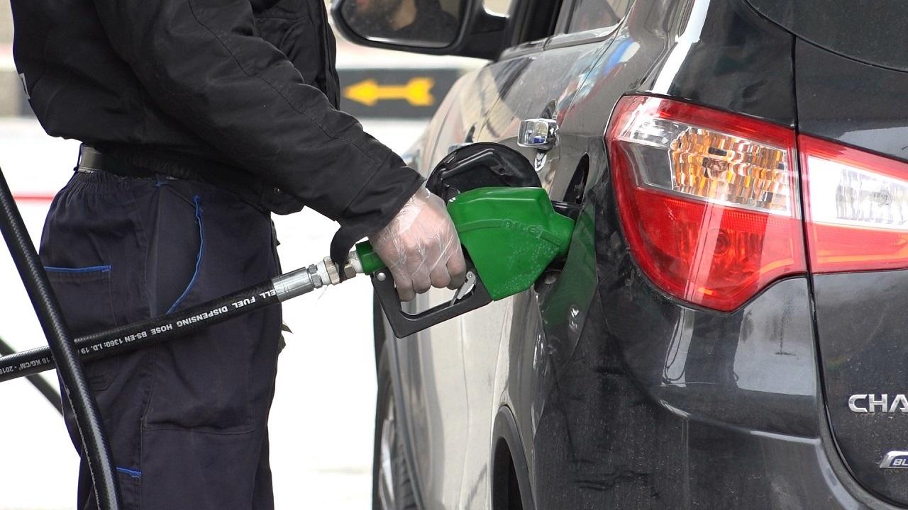 فعالیت جایگاههای سوخت بوشهر عادی است/ کاهش ۵۳ درصدی مصرف بنزین