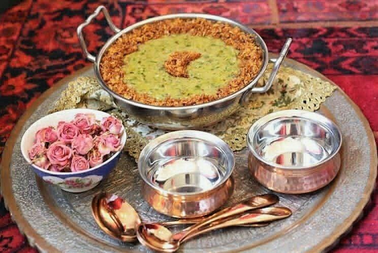 طرز تهیه بهترین آش سبزی شیرازی و آبادانی با گوشت و بدون گوشت + ترکیب دقیق سبزی