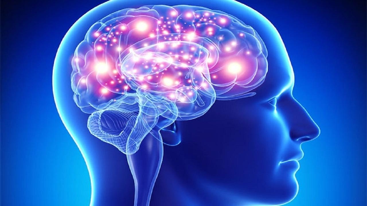 ۸ عادت اشتباهی که انرژی مغز را میگیرد