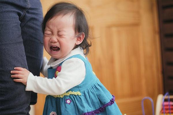 ضربههای روحی کودکی، علت اصلی وابستگی بیش از حد