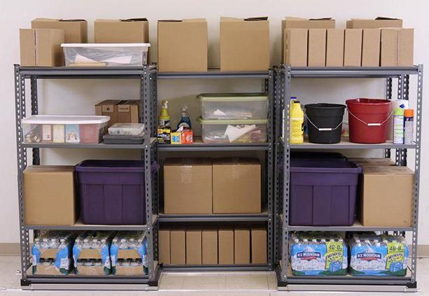میزچک اوت فروشگاهی چیست و کاربرد قفسه در فروشگاههای بزرگ به چه صورت است؟!