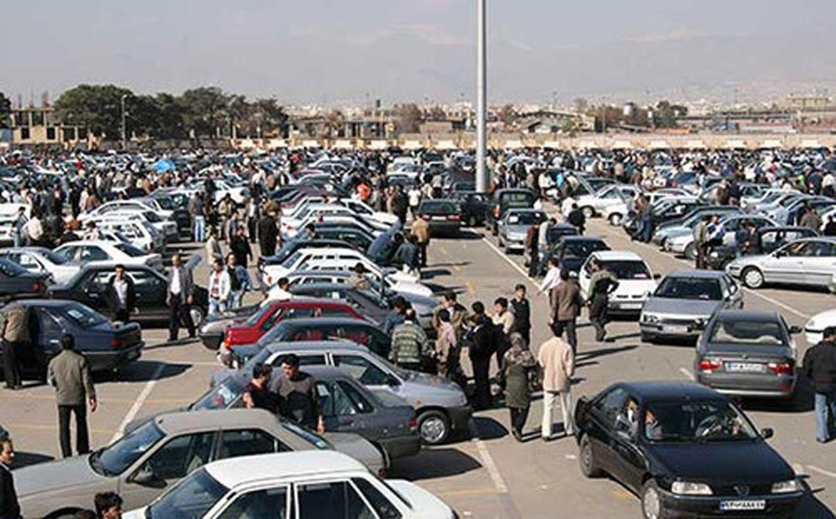 گزارش - قیمت گذاری خودرو الاکلنگی شد/ اثرات بلند مدت فرمول شورای رقابت بر بازار خودرو