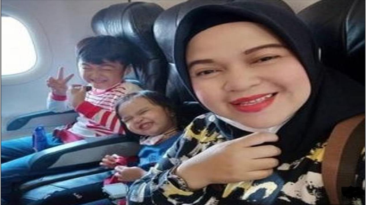 آخرین سلفی مادر و فرزندانش قبل از سقوط هواپیما