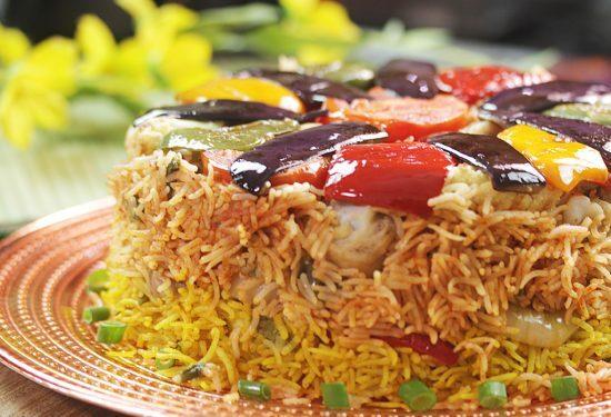 طرز تهیه فوت و فنهای مقلوبه پلو مرغ و بادمجان؛ غذای عربی لذیذ و خوشمزه
