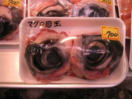 چندشآورترین غذاهای دنیا را بشناسید/ از سوسیس خون تا کیک ماهی + تصاویر