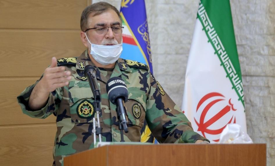 ارتش در همه عرصهها به تهدیدات دشمن پاسخ میدهد