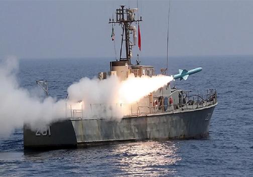 نمایش اقتدار نیروی دریایی ارتش در سواحل کنارک و آبهای دریای عمان