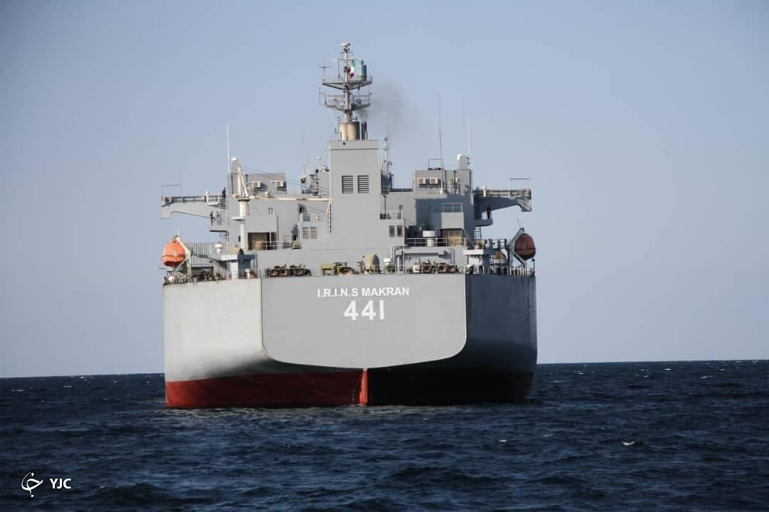 تصاویری از ناوبندر مکرانکه فردا به نیروی دریایی ارتش الحاق میشود