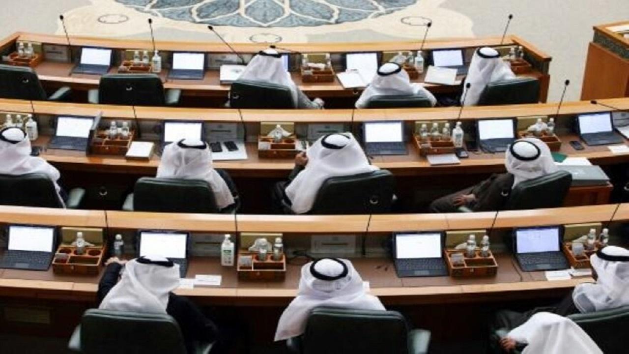 13274995 558 » مجله اینترنتی کوشا » استعفای وزرای کابینه کویت 1