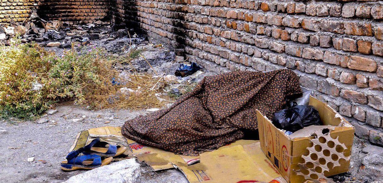 شروع زمستان و حال و هوای بی سرپناهان در پایتخت
