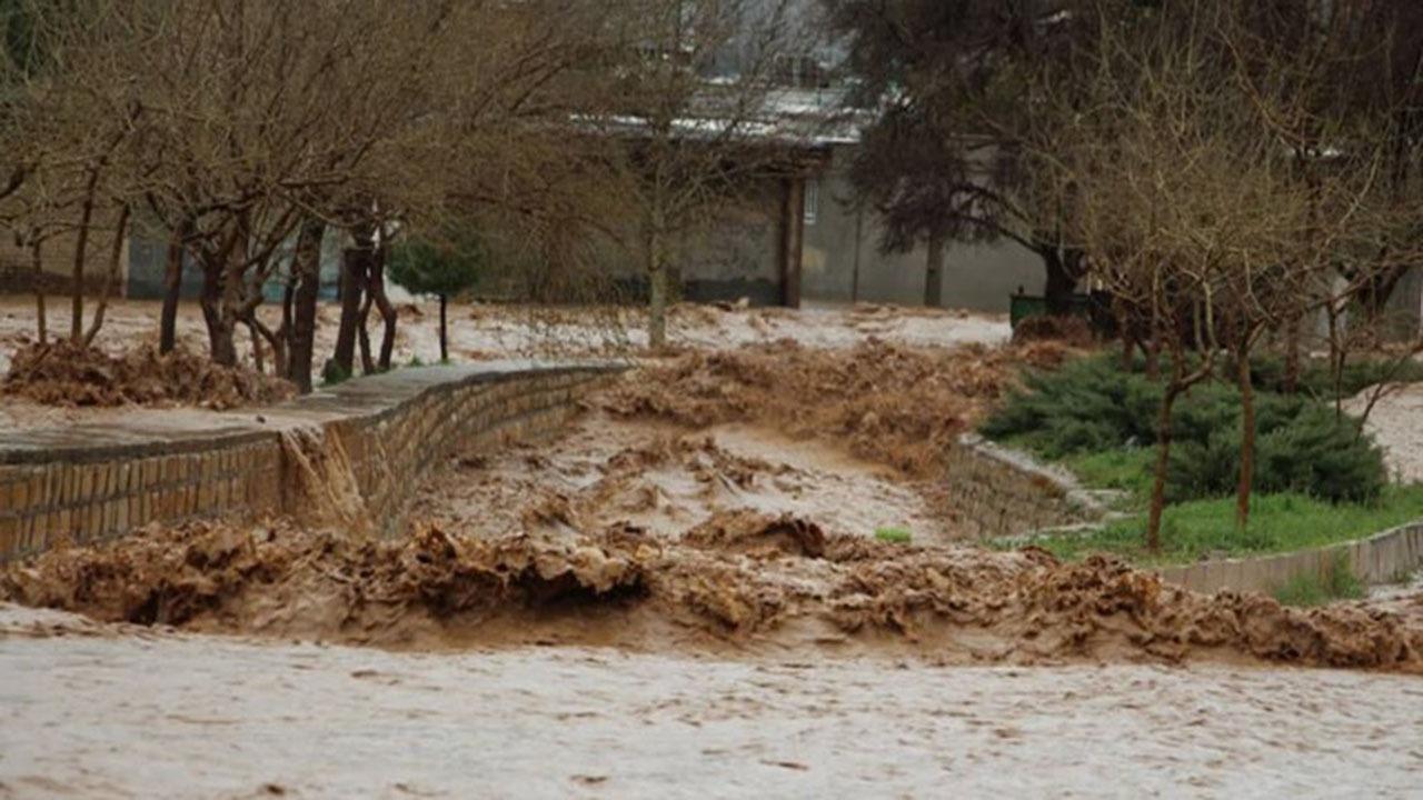 ساخت و ساز غیرقانونی و پرکردن کانالها برای خدمات آب، برق و گاز ۲ مشکل اصلی شهرک سعدی