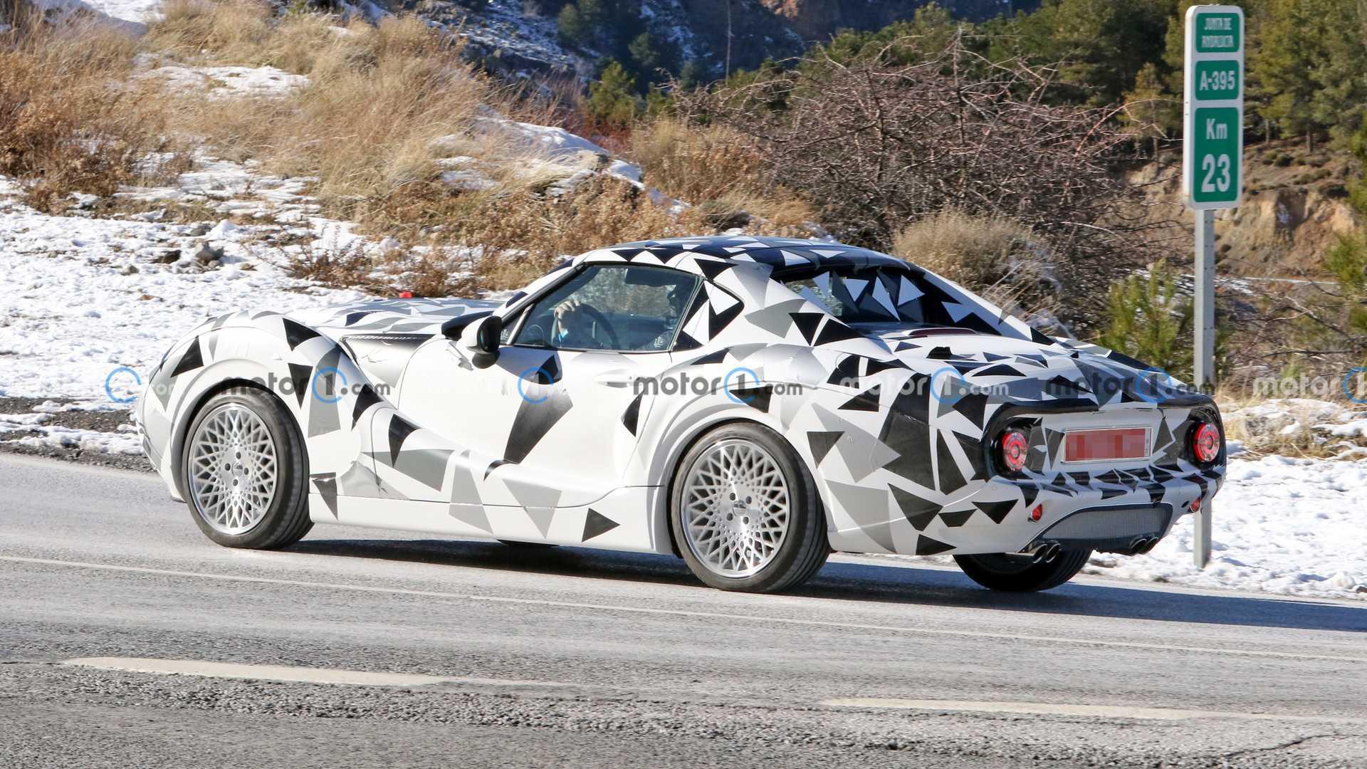 جزئیاتی از خودرو اسپرت جدید هورتان مدل Retro