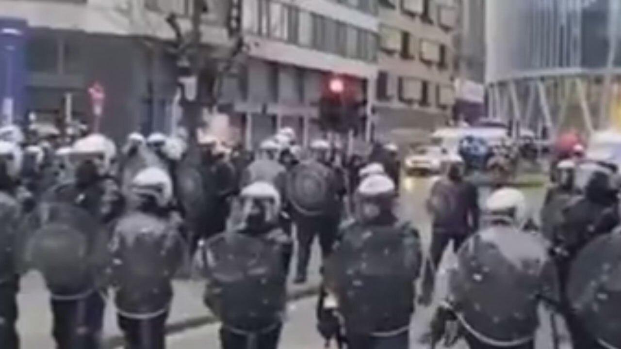 تظاهرات گسترده