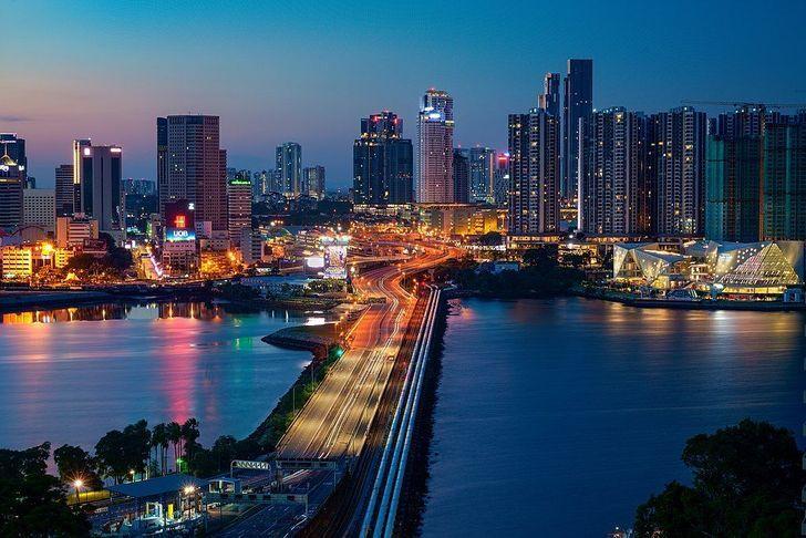 ۱۵ واقعیت جالب در مورد کشور مالزی / از روشن بودن چراغ سینما در زمان پخش فیلم تا دست کشیدن از پادشاهی برای ازدواج با زن روسی