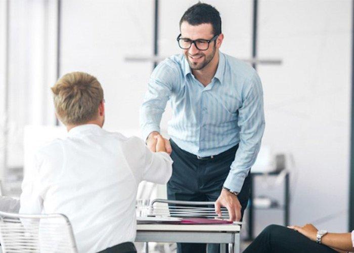 ۷ راه برای بهتر شدن رابطه با همکاران