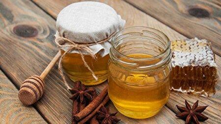 ۶ اثر شگفت انگیز ترکیب عسل و دارچین که معجزه میکند
