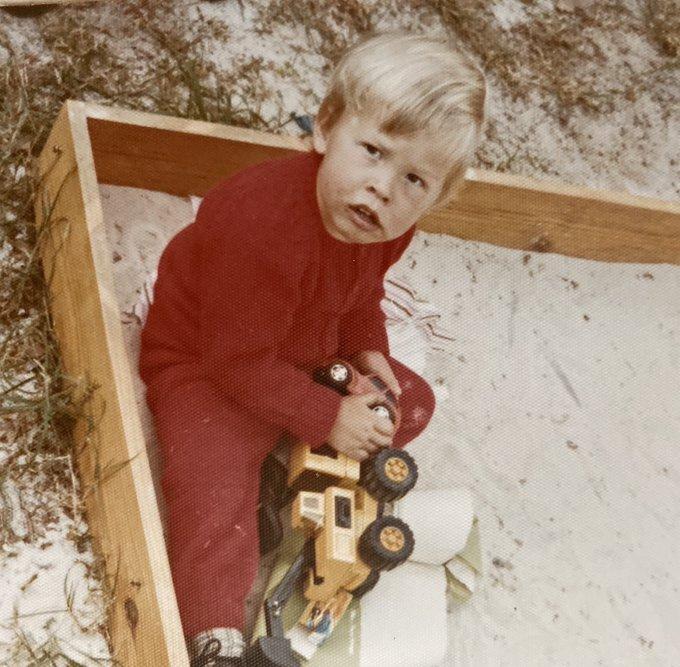 ۱۶ نکته و دانستنی جالب از دوران کودکی و نوجوانی ایلان ماسک ثروتمندترین فرد جهان