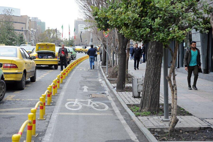 شاهکار شهرداری منطقه ۱۶ در ایجاد مسیر دوچرخه/ از سهم پیاده کاستند، بر سهم سواره افزودند