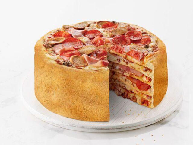 طرز تهیه کیک پیتزا خانگی با خمیر جادویی در قابلمه و در فر