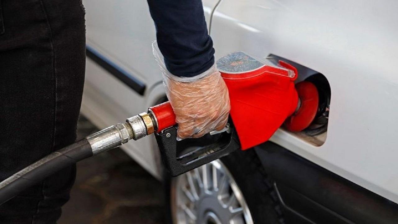 بنزین تشویقی ایام کرونایی صحت ندارد / سهمیه بندی بنزین تغییر نکرده است