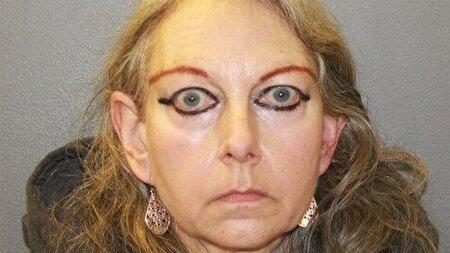 رایحه غیر قابل تحمل راز خانه زن مرموز را فاش کرد