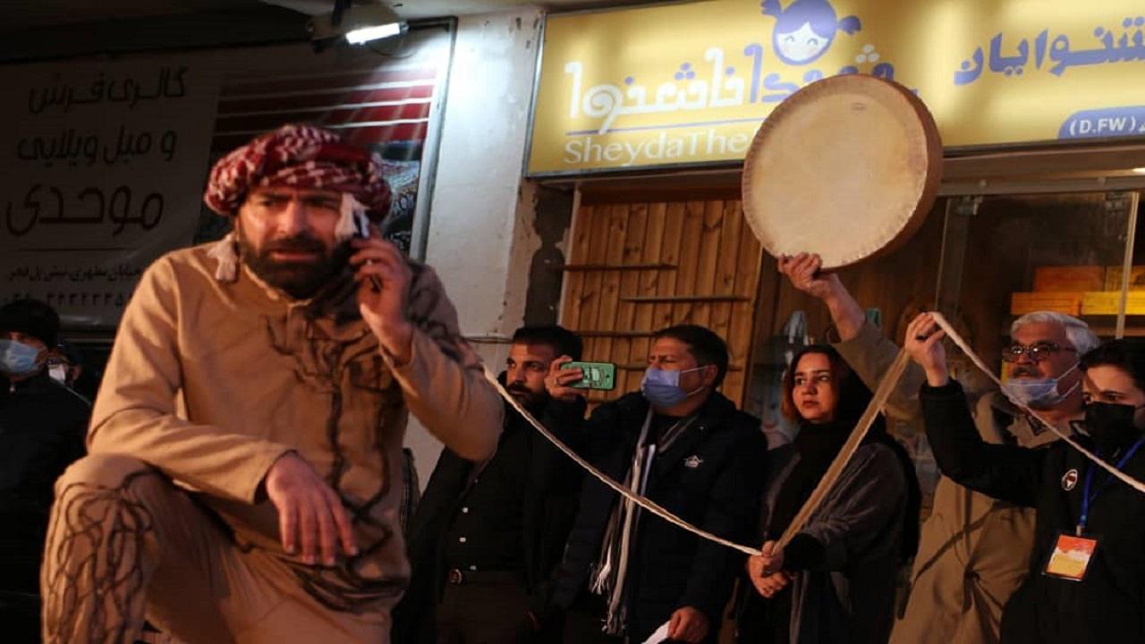 سه روایت از حضور سردار سلیمانی در مقاطع زمانی مختلف در نمایش «سرباز»