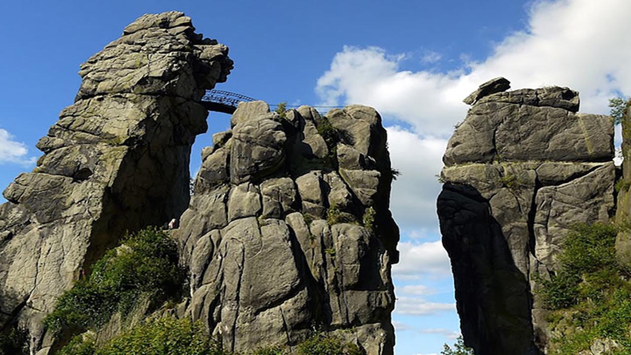 صخره بلند