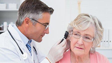 کمبود ویتامین B۱۲ عاملی برای وزوز گوش