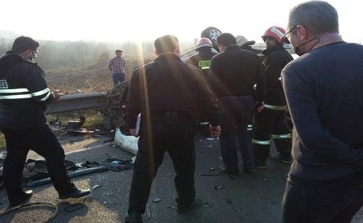 برخورد ۴ خودرو در جاده سراوان/ یک نفر کشته و ۶ نفر زخمی شدند