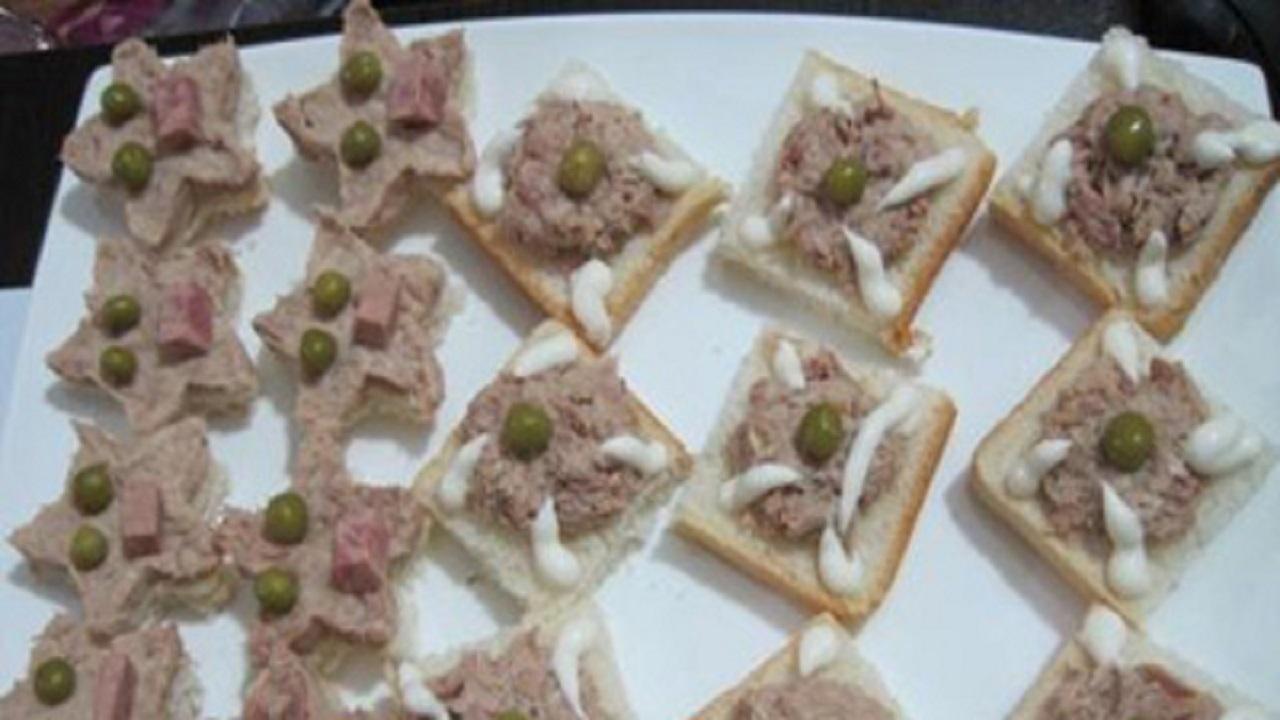 آموزش آشپزی؛ از ساندویچ مرغ هالوپینو خوشمزه و کاناپ تن ماهی تا پای زردآلوی خوشمزه + تصاویر
