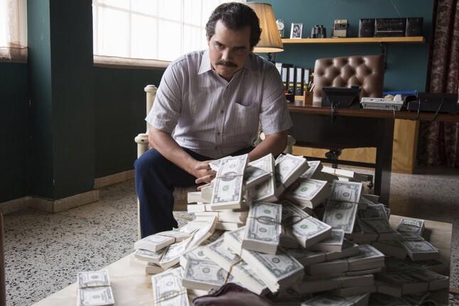 ۷ سریال جذاب مشابه Money Heist که تماشای آنها را به شما توصیه میکنیم