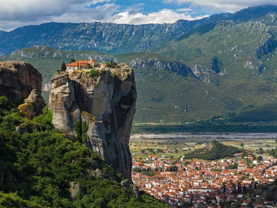 با خطرناکترین جاذبههای گردشگری دنیا آشنا شوید + تصاویر