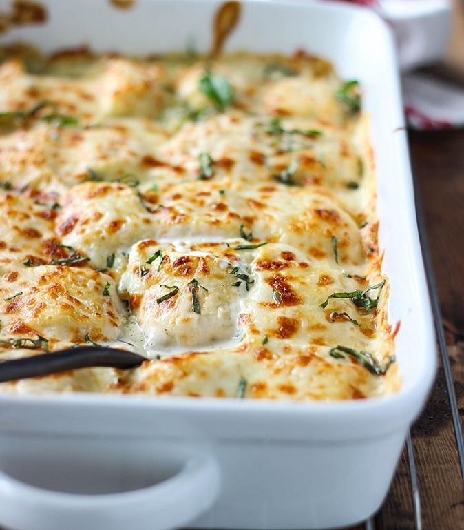 طرز تهیه سوفله اسفناج و مرغ پنیری لذیذ و خوشمزه