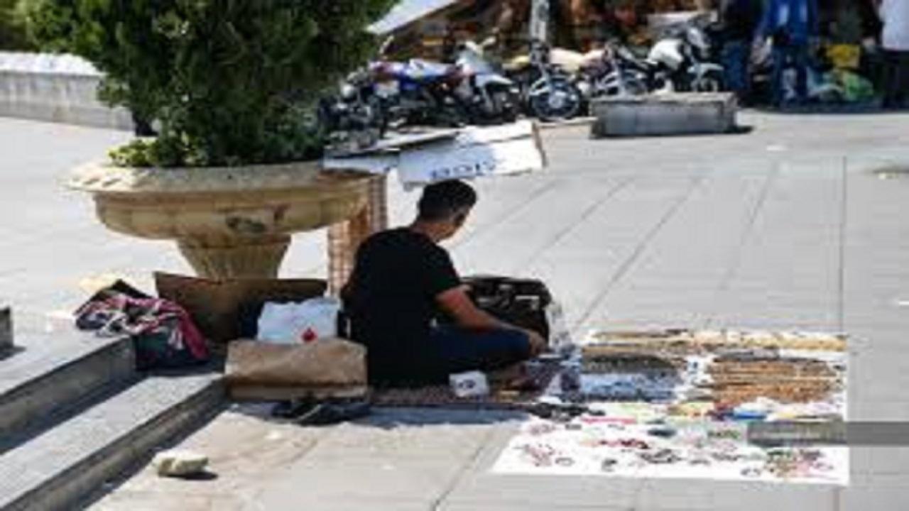 بازارهای عجیب و غریب در دل شهر تهران/کامل نیست