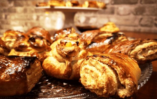 طرز تهیه شیرینی گاتا ارمنی مغزدار با دستور اصلی؛ یک عصرانه جذاب