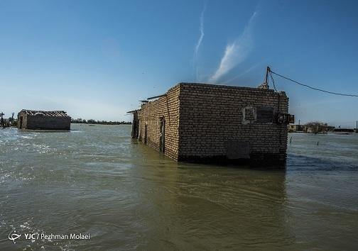 به زیر آب رفتن یکی از روستاهای خوزستان در سیلاب