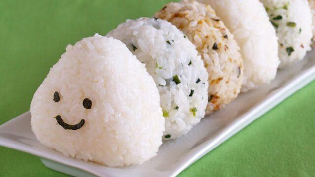 طرز تهیه توپک برنج سوخاری ایتالیایی و توپک برنجی ژاپنی اونیگیری به روش رستورانی