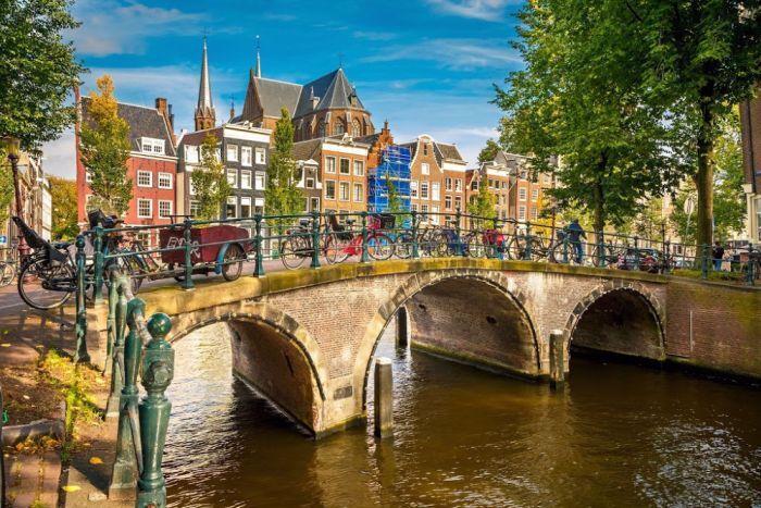 ۱۰ شهر معروف روی آب که با ونیز رقابت می کنند+ تصاویر