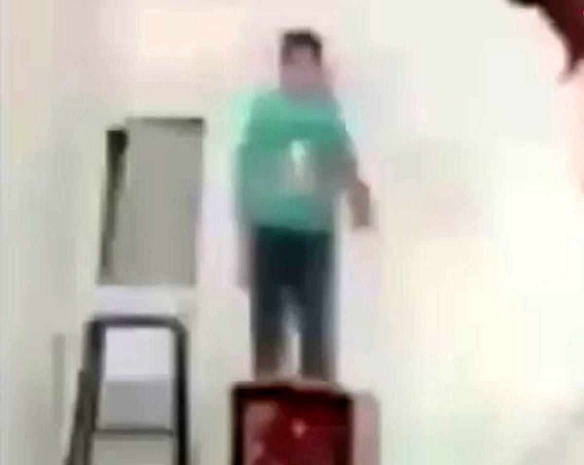 کودک آزاری در فضای مجازی