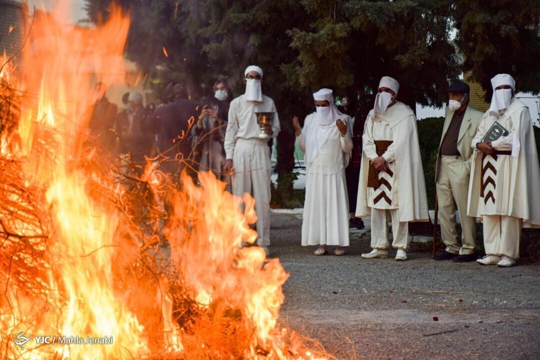 جشن باستانی سده در کرمان + تصاویر