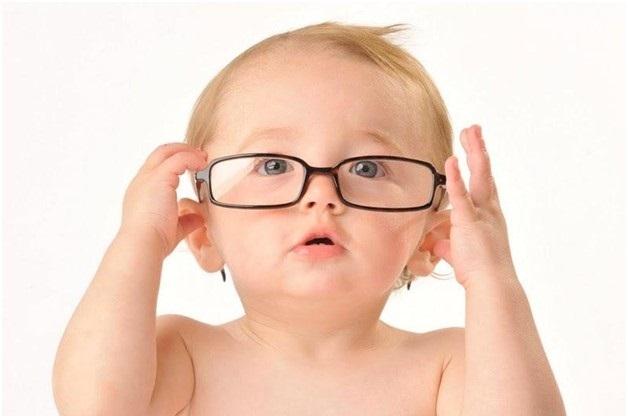 مشکل بینایی در کودکان